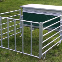 Feeders & Troughs